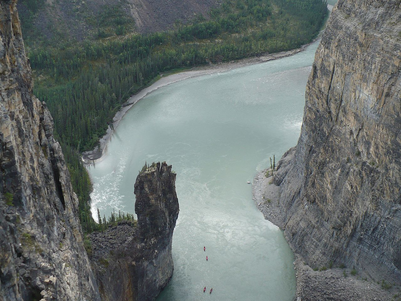 1280px-Nahanni_River_-_The_Gate